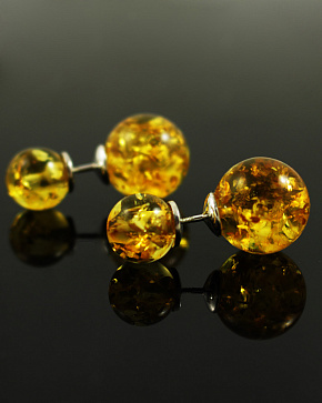 Posey Earrings Of Silver 925° With An Insert Of Molded Baltic Amber Golden Color
