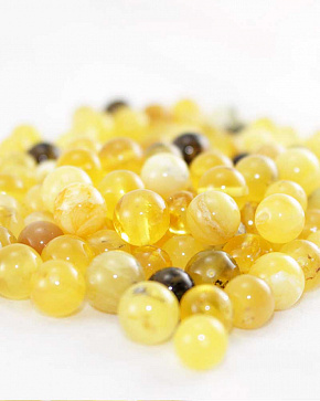 Amber Balls Of 8 Mm To 10 Mm Second Grade